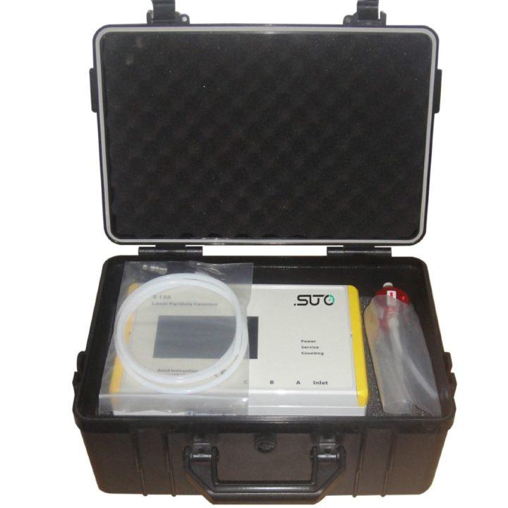 s130 sűrített levegő részecskeszámláló bőröndben